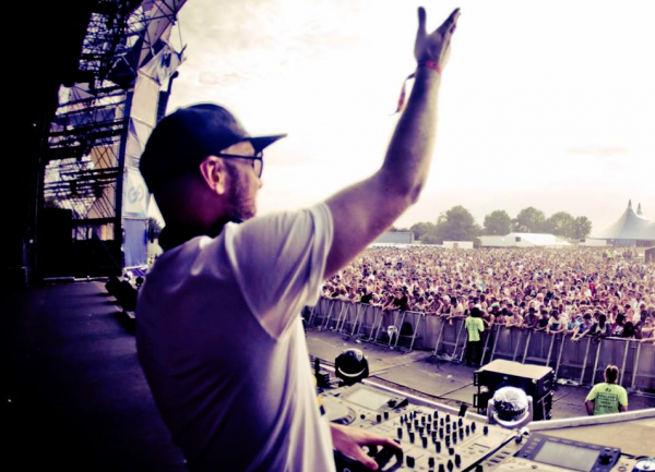 Tips for DJing in the open air!